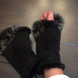 Accessories - Fancy hand warming fingerless gloves
